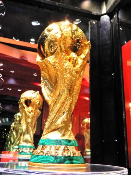 世界にただ1つのトロフィーがやってきた!「コカ・コーラ FIFA ワールドカップ トロフィーツアー」