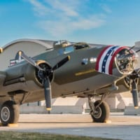 映画「メンフィス・ベル」のB-17実物がアメリカ空軍博物館で…