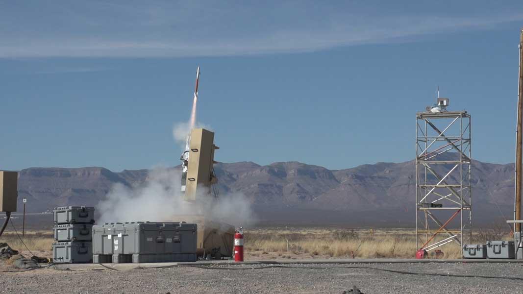 小さくたって当たれば必殺!超小型迎撃ミサイルが開発段階へ移行