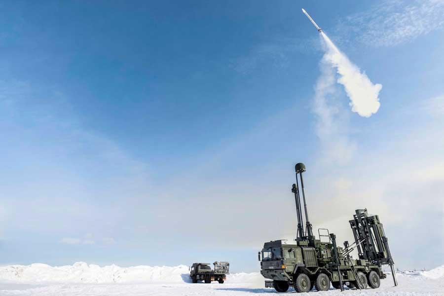 イギリス陸軍の新型対空ミサイル、実射試験に成功