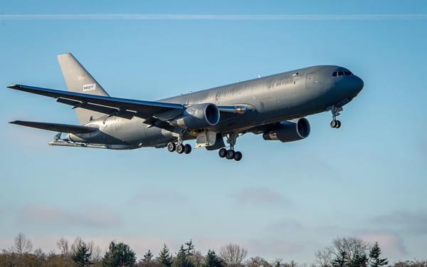 オクラホマ州アトラス空軍基地から離陸するKC-46A(画像:USAF)