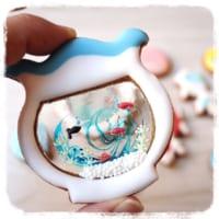 金魚鉢に泳ぐ金魚が可愛いアイシングクッキーが戸惑う程に可愛…