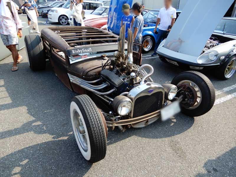超ルーフカットのカスタムカーコンテスト参加車(咲村珠樹撮影)