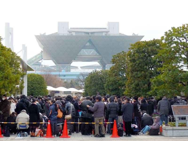 2012年12月コミケット83の一般待機列・咲村珠樹撮影