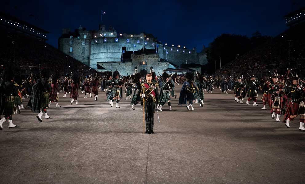 イギリス陸軍各音楽隊による合同演技