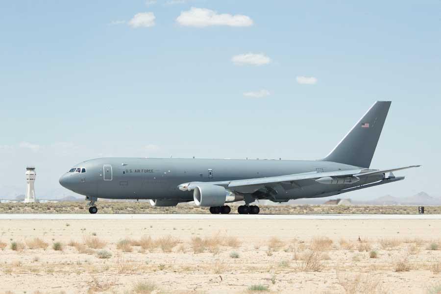 エドワーズ空軍基地でのKC-46A(Photo:USAF)