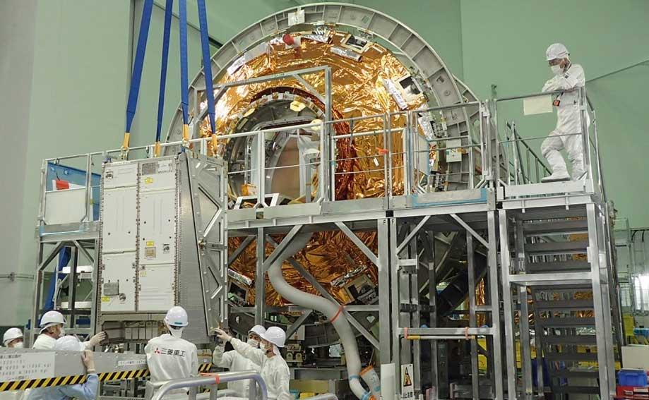 ACLSの積載作業(Photo:Airbus)