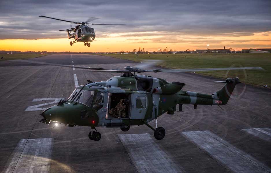 K(フォトグラファー・オブ・ザ・イヤー)部門第1席「Lynx Sunset」ボブ・トラビス軍曹