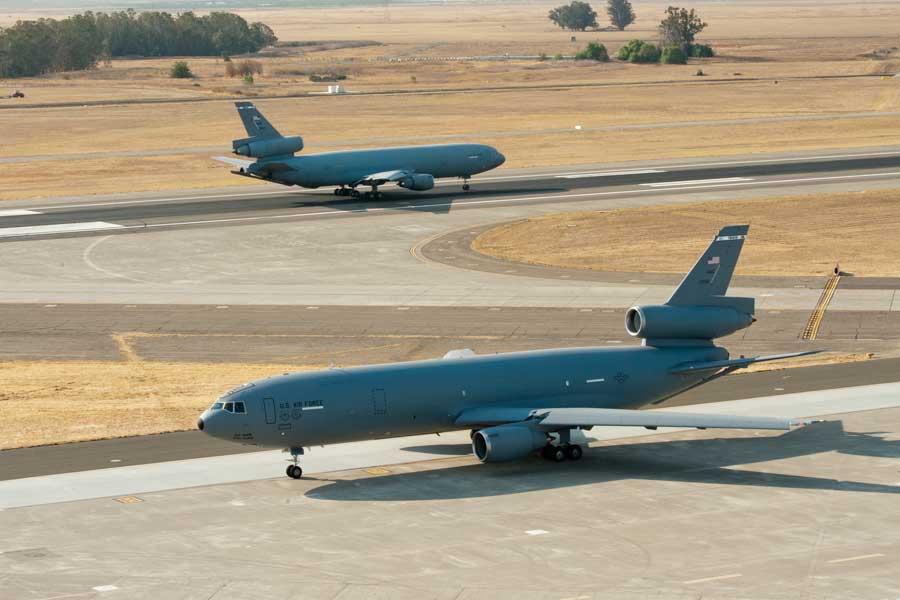 トラビス空軍基地でのKC-10(Photo:USAF)