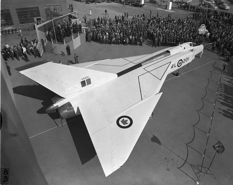 アブロCF-105アロー1号機の完成披露式典の様子(Photo:RCAF)