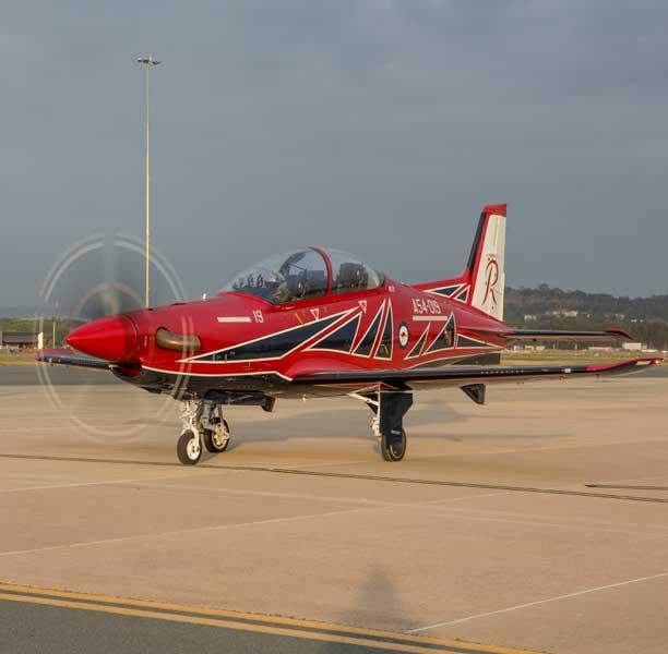 オーストラリア空軍アクロバットチームが機種変更し新しい塗装デザインを披露