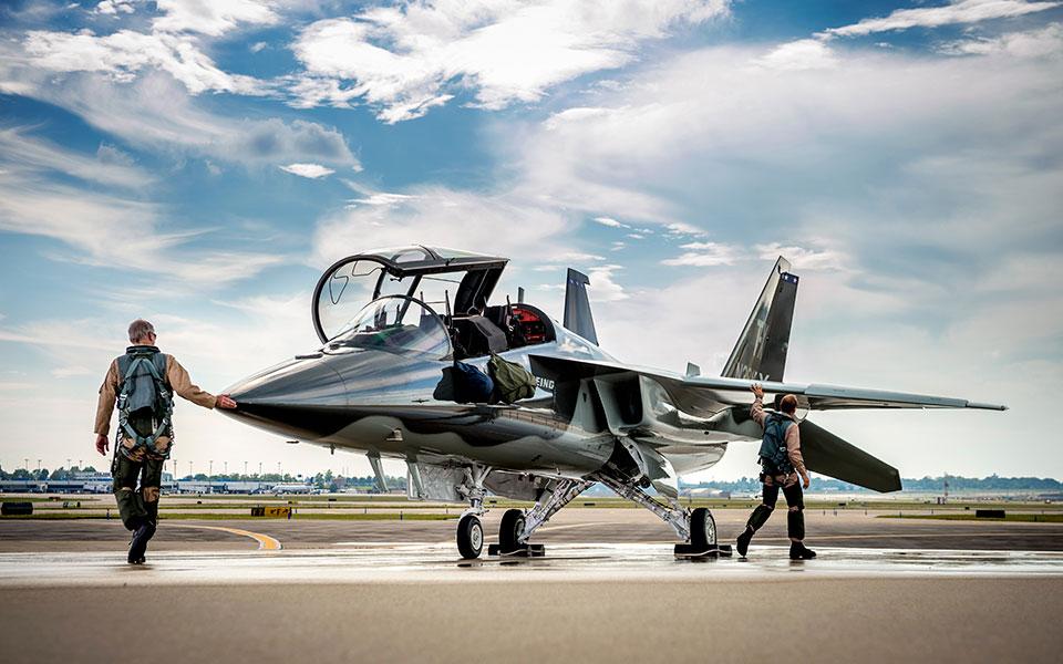 飛行前点検が容易にできるよう配慮された主翼配置(Image:Boeing)