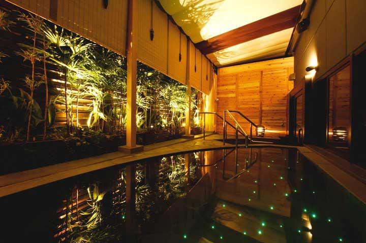 人工炭酸温泉の大浴場