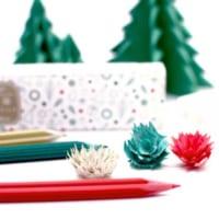 削りくずがお花になる「花色鉛筆」 クリスマスエディション登場