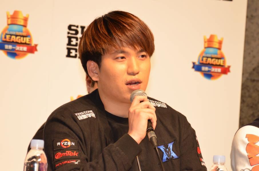 KING-ZONE DragonXのHo選手