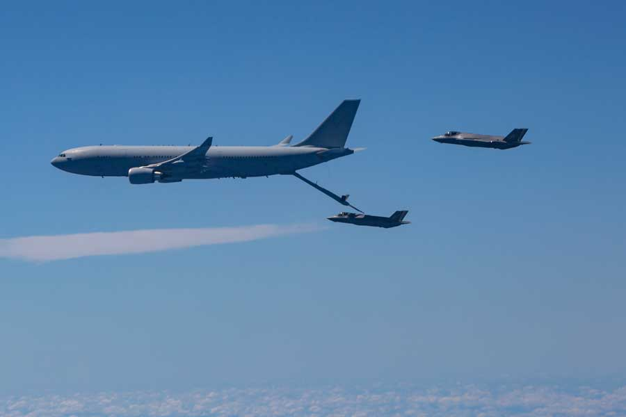 KC-30Aから空中給油を受けるF-35A(画像:オーストラリア国防省)