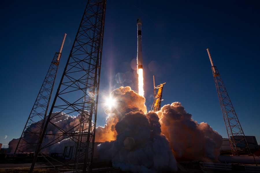 スペースXが3倍精密に位置測定できる次世代型GPS衛星の打ち上げに成功