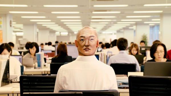 顔のパーツで顔を表現した東洋紡の新CMがインパクト大!一人6役+1!?