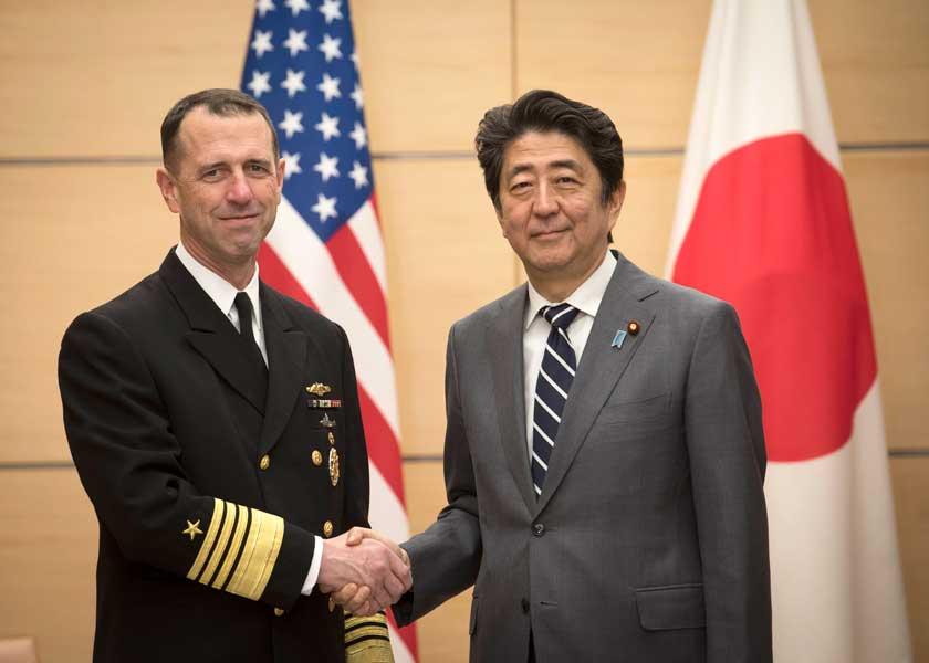 アメリカ海軍制服組トップが来日 海上における日本との緊密な連携を確認