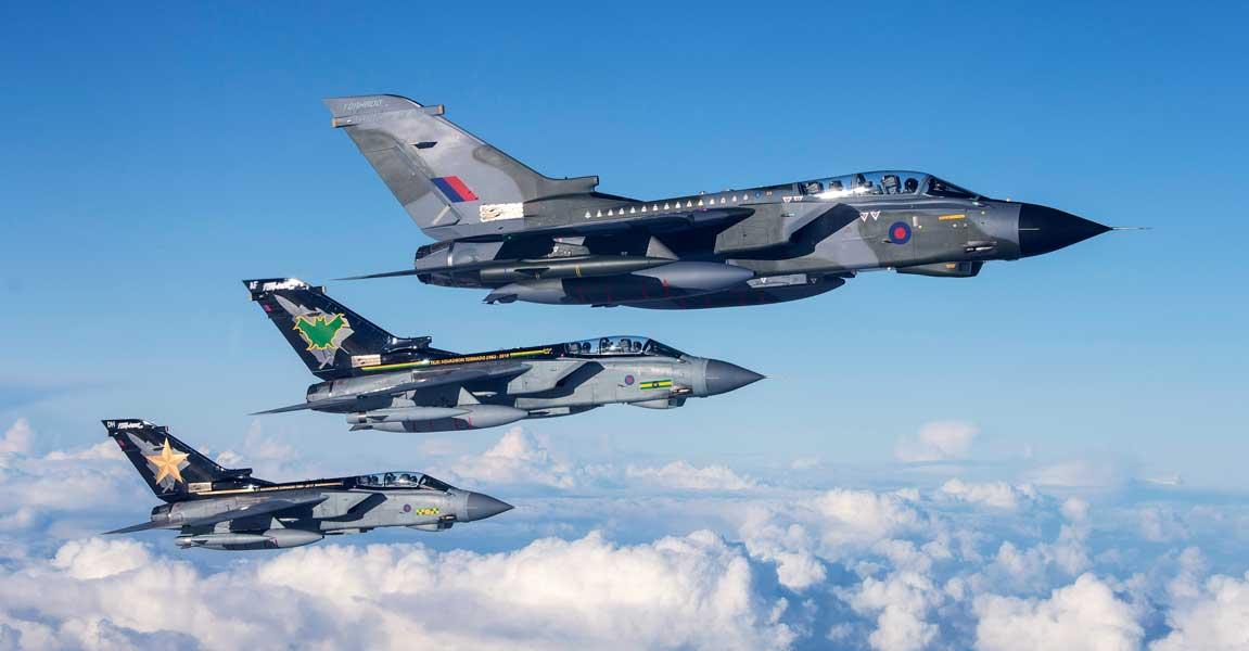 まもなく退役 イギリス空軍トーネードのお別れスペシャルマーキング