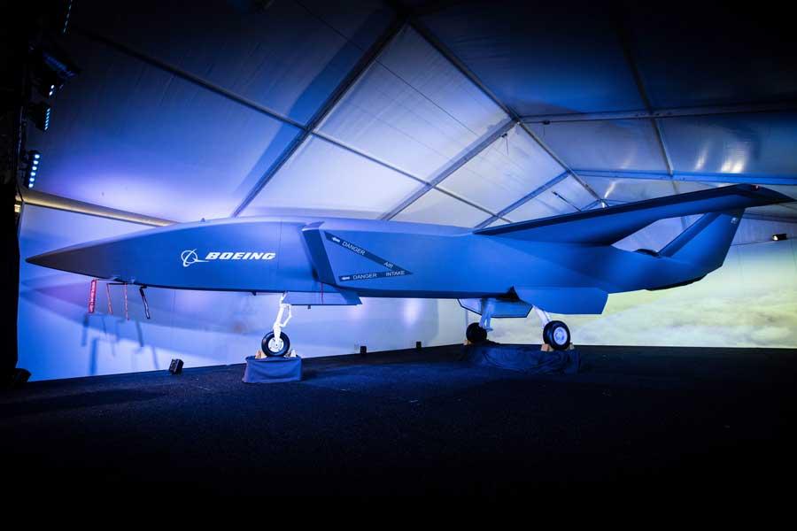 他の航空機の目や耳となる軍用ドローン「エアパワー・チーミング・システム」をボーイングが公開