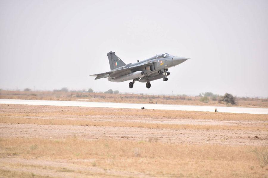 インドの国産戦闘機「テジャス」が完全運用能力を獲得