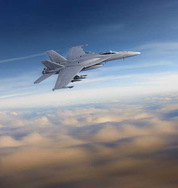 F-35とハイ・ロー・ミックス? アメリカ海軍がF/A-18E/FブロックIIIを初発注