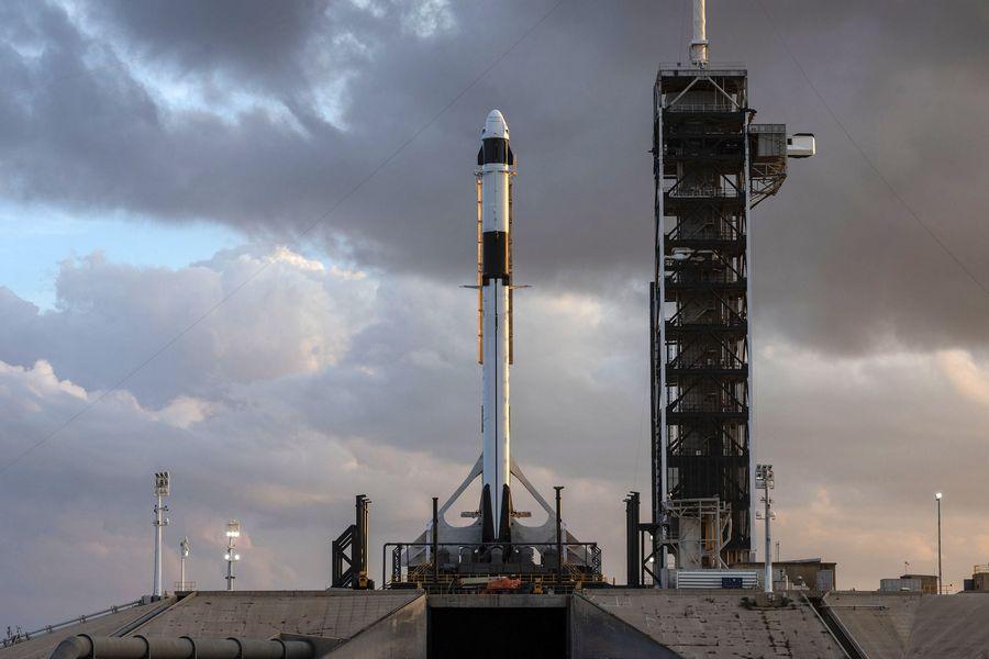 「クルードラゴン」3月2日に試験飛行 アメリカの有人宇宙船復活へ