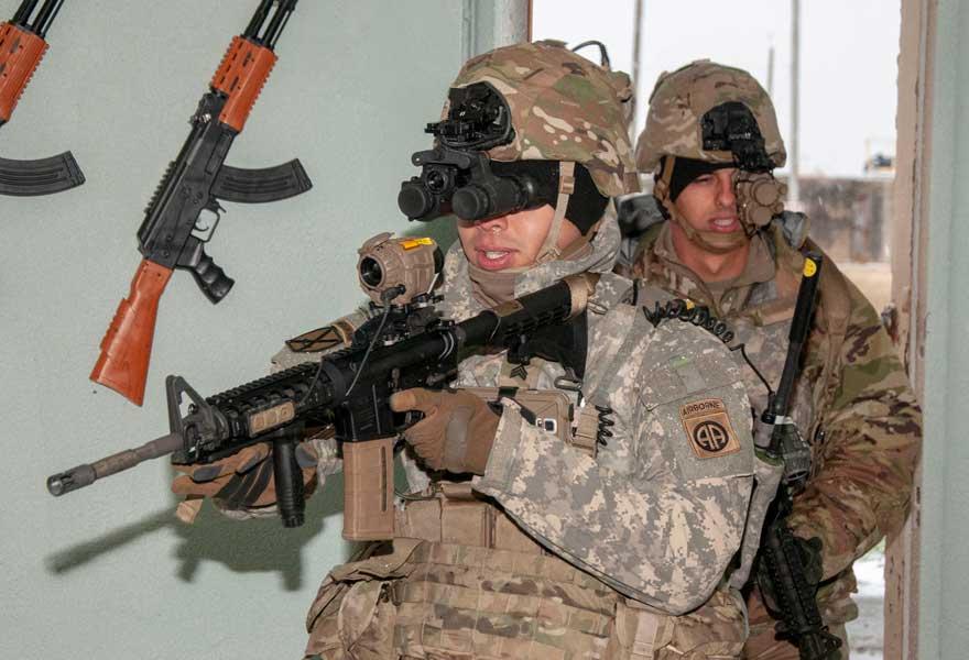 携行火器とワイヤレスでつながる新型暗視ゴーグル アメリカ陸軍が今年秋に韓国で実地試験