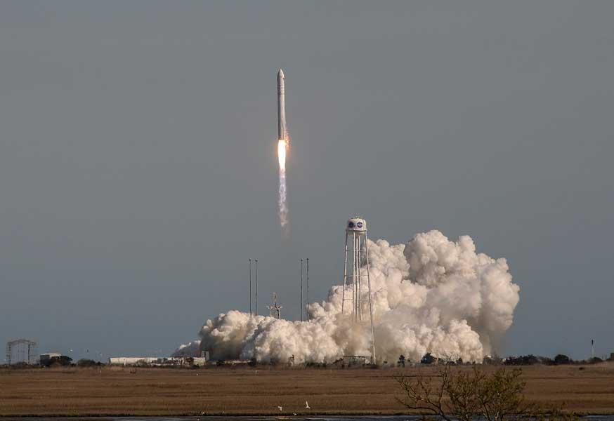 国際宇宙ステーションへの補給船シグナス「S.S.ロジャー・チャフィー」打ち上げ成功