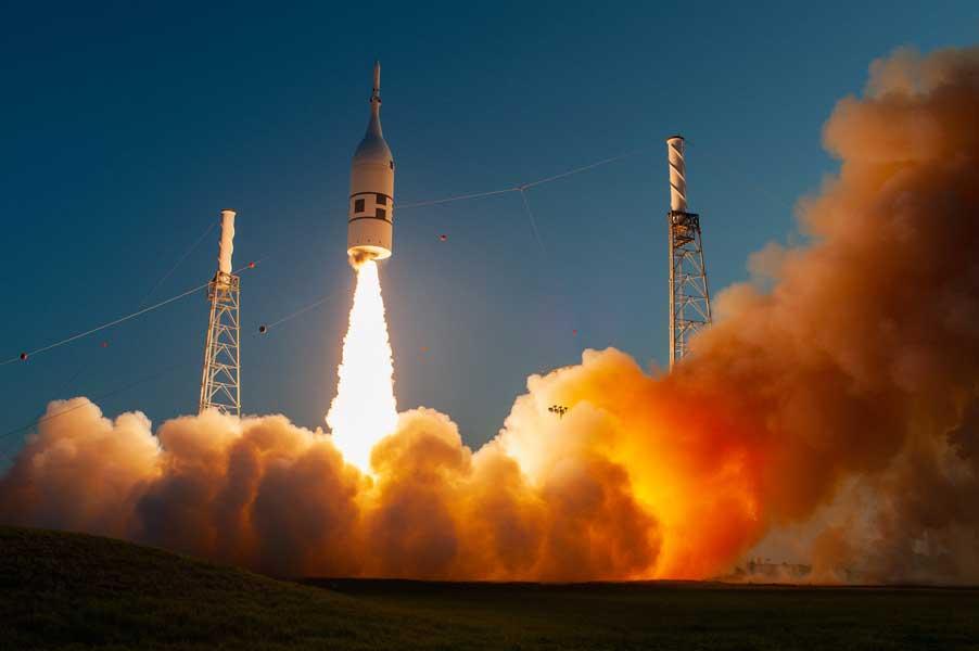 一番大事かも!?NASA新宇宙船オリオンの緊急脱出装置試験成功