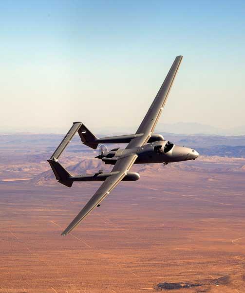 ノースロップ・グラマン 無人偵察機の有人オプション付き受注を発表