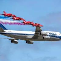 英空軍レッドアローズと英国航空「レトロジェット」がエアショ…