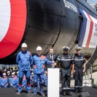 フランス海軍の新型原子力潜水艦シュフラン完成