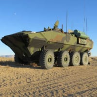 アメリカ海兵隊の新型水陸両用車 指揮通信型と火力支援型の開発…