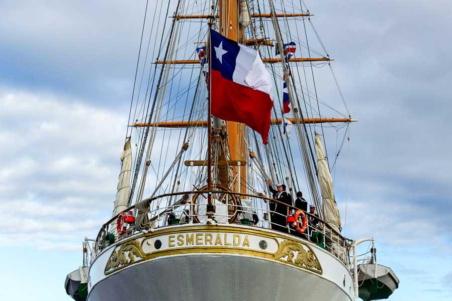 チリの「白い貴婦人」帆船エスメラルダ シドニーに入港