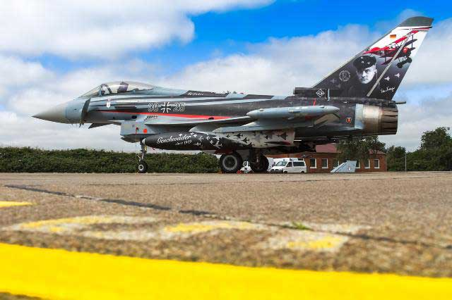 ドイツ空軍「リヒトホーフェン」航空団 創設60周年記念塗装機登場