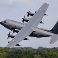 フランス空軍 新型空中給油機KC-130J初号機…