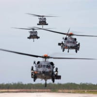 アメリカ空軍の新型救難ヘリコプターHH-60W低能率生産開始…