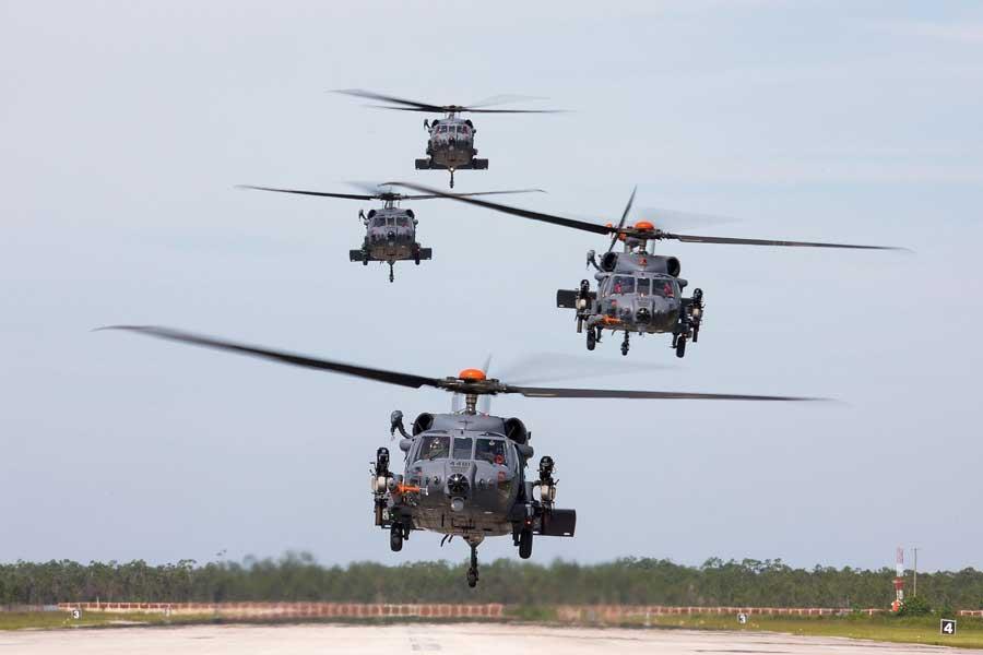アメリカ空軍の新型救難ヘリコプターHH-60W低能率生産開始決定