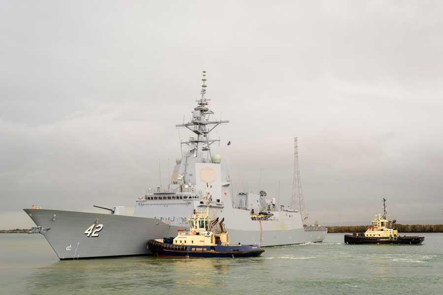オーストラリア3隻目のイージス艦シドニーが試験航海開始
