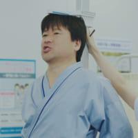 体重計には片足で…「佐藤二朗の笑えるけど笑えない健康診断」が…
