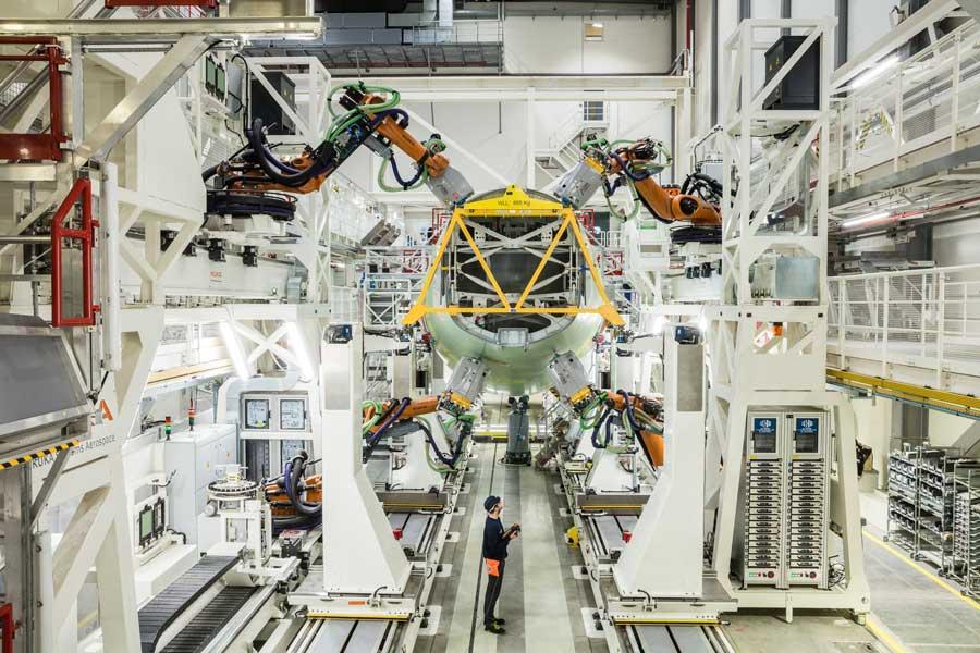 エアバス 20台のロボットが働く新しいA320自動生産ラインをハンブルクに開設