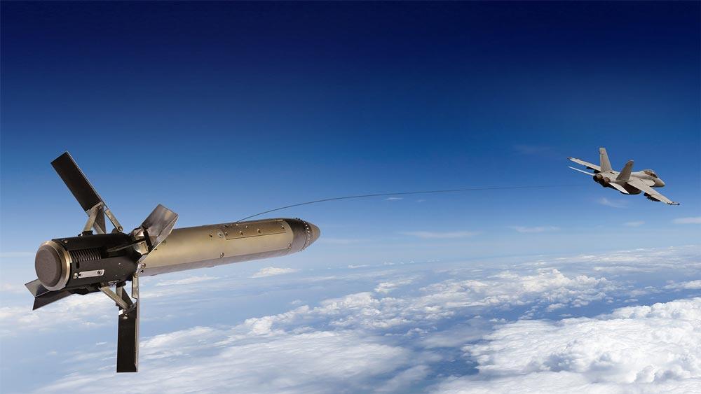 アメリカ海軍 次世代レーダー誘導ミサイル用デコイの開発を発注