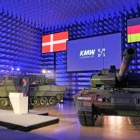 ドイツとデンマーク 最新戦車レオパルト2A7Vを…