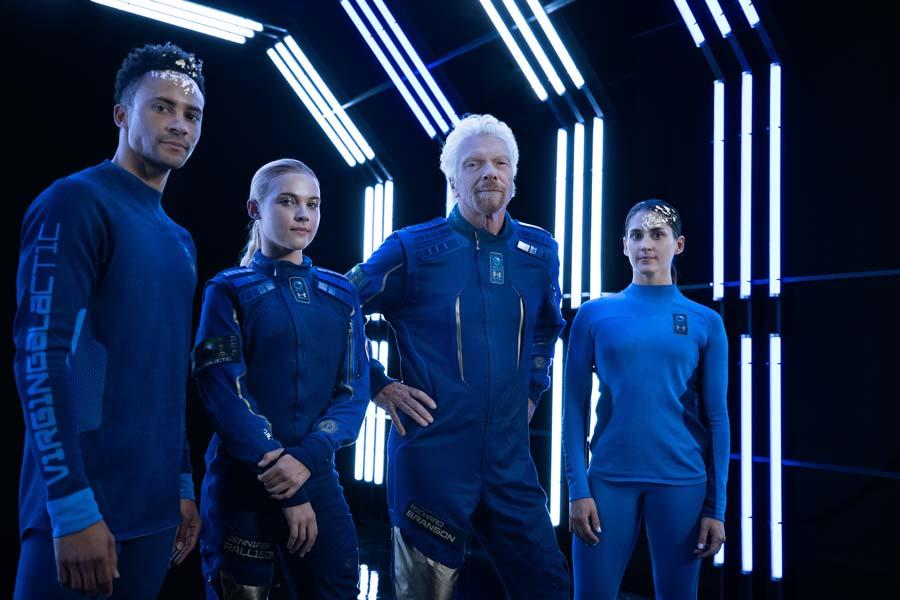 めっちゃSF!アンダーアーマーが作ったヴァージンギャラクティック用の宇宙服