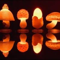 LEDで光るキノコがカプセルトイに! お部屋がファンタジー…