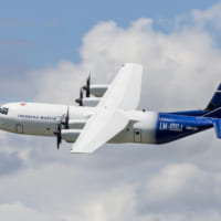 軍用輸送機C-130Jの民間型LM-100J アメリカの型…