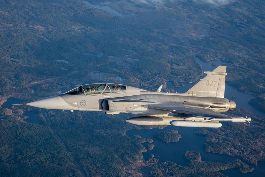 サーブの次世代電子戦ポッド 戦闘機グリペンでの飛行試験に成功