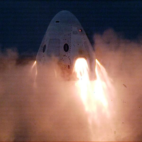 アメリカの民間宇宙船クルードラゴン 緊急脱出装置のエンジン再試験終了